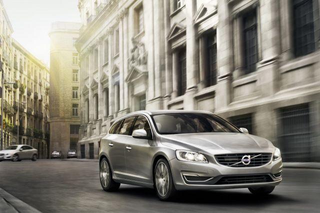 alb_53_58_2014-Volvo-S60-V60-XC60-14%5B2%5D.jpg